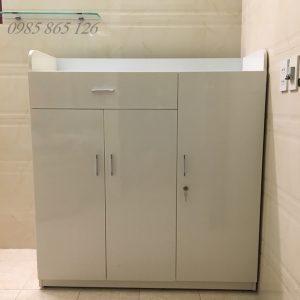 tủ phòng tắm nhựa đài loan