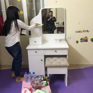 Bàn trang điểm nhựa Đài Loan cao cấp