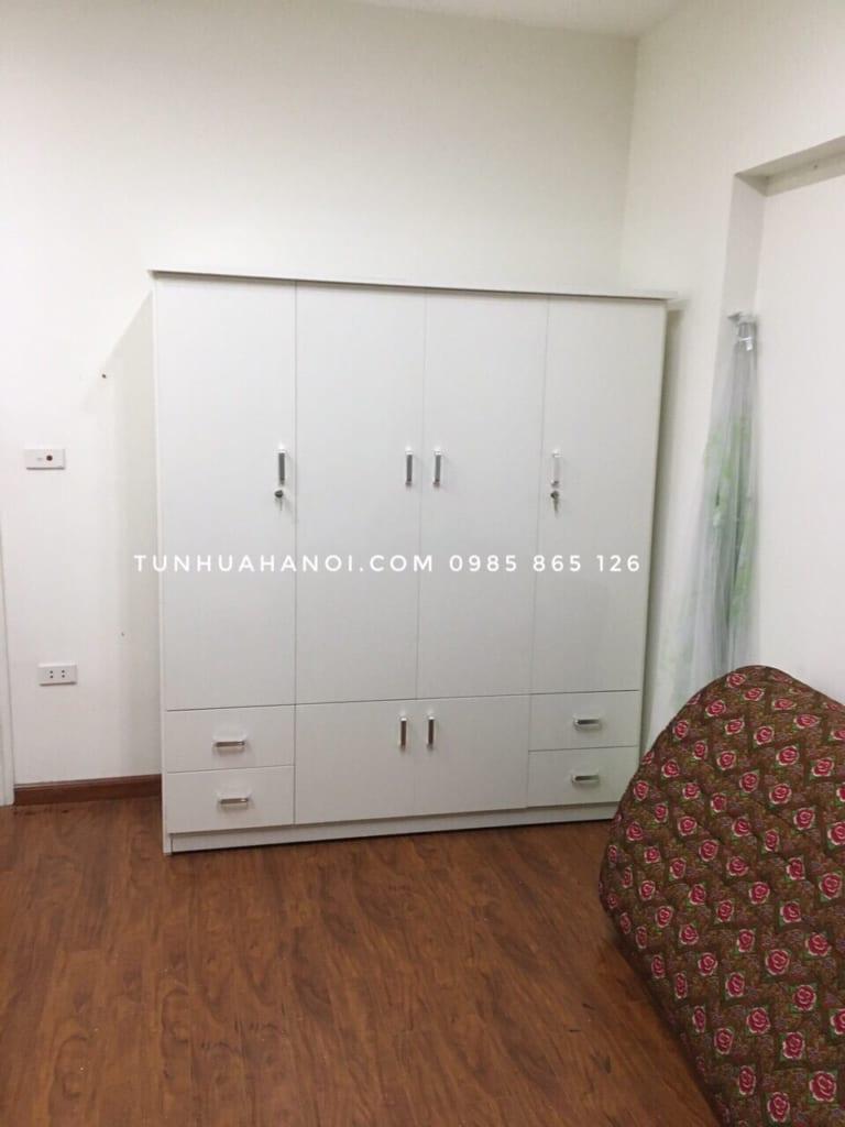 tu-nhua-nguoi-loan-4-buong-c165n-trang